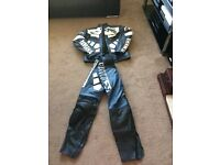 Motorbike leathers Yamaha full set jacket and pants good condition used several times
