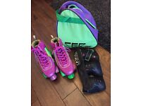 Roller skate boots size 3/4 with safety pads and carrier bag