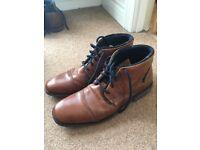 Dune London 'Choppa' Boots. Men's size 9/43 tan blue sole, leather boots.
