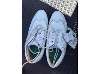 Ladies size 9 golf shoes