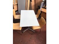 1400mm White Table