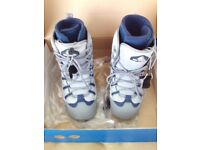 MENS SNOWBOARD BOOTS UK SIZE 7 NEW IN BOX AIRWALK MIDAS Vapor/Indigo Blue