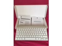 Apple Wireless Keyboard Genuine like NEW