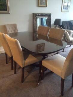 Antique dining table plus 6 padded Brosa chairs