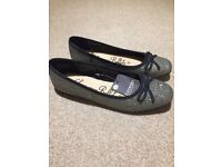 Girls brand new sparkly black / silver party shoes size 3