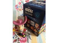 Heroes and villains Captain Hook figurine