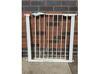Lindam Easy Pressure Fit Stair Gate