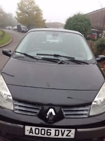 7 seater. All black. Full service check. NO TIME WASTERS. Road tax until January. M.O.T until May.