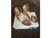 BRAND NEW ladies shoes size 6