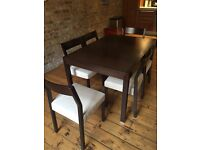 Extendable dining table, 6 chairs and rug