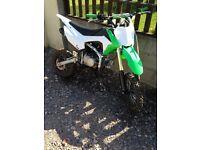 Big Crf110 140cc stomp pit bike/pitbike like new