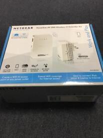 Netgear Powerline AV200 Wireless N extender