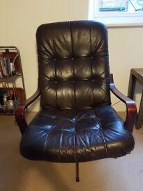 Vintage brown leather chair - £50