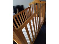 Cot with changing top