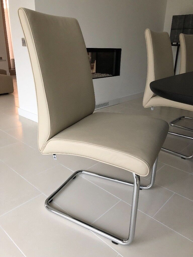 Set of 6 Hulsta dining chairs in beige leather with chromium steel frame