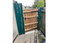 RUTLAND - Need 10 x 6ft fence panels and new 6ft gate supply and install