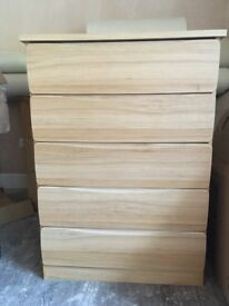 Chest of Drawers in oak veneer