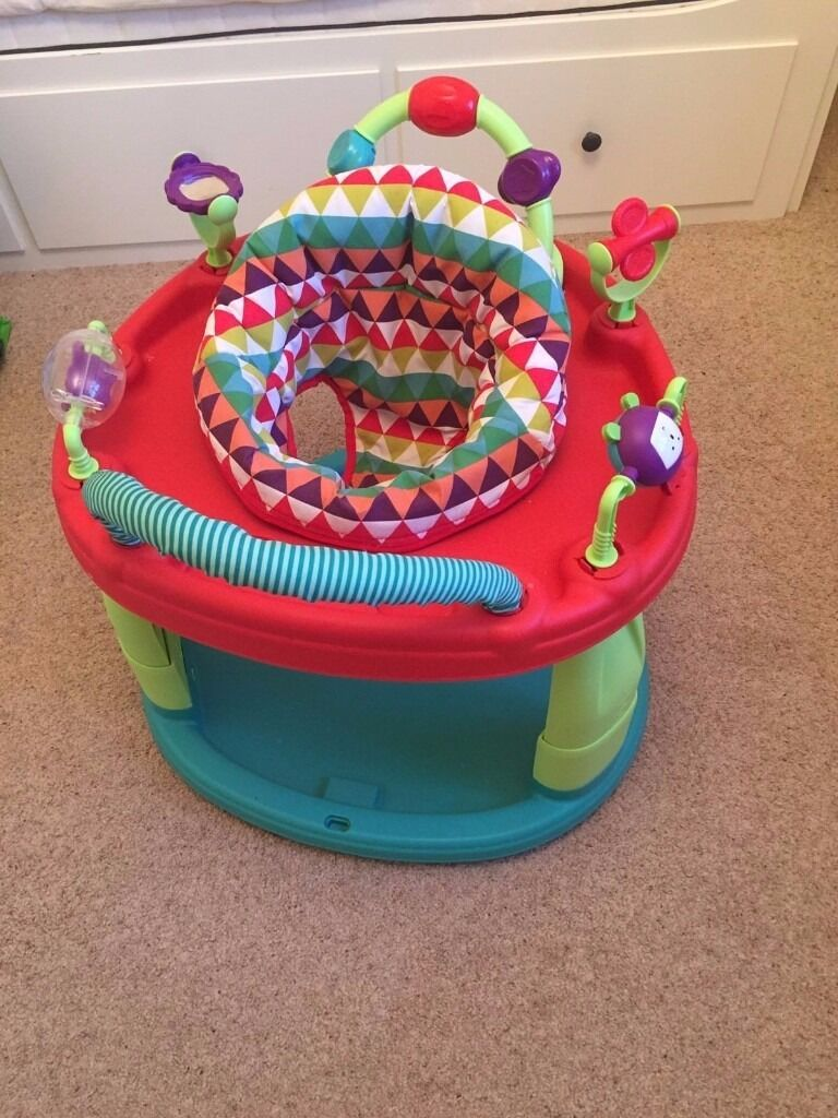 Mamas and Papas Fun Activity Entertainment Centre - in very good condition !!!