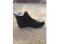Brand new girls/lady Chelsea style boot