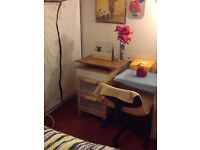 £95/week large double bed cottage room for rent