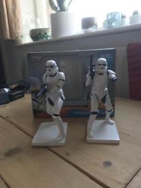 Star Wars stormtrooper figures/bookends