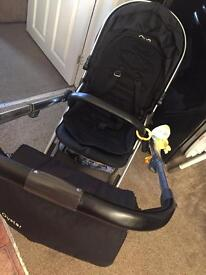Black oyster 2 with carrycot