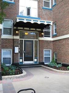 54 YOUNG - West Broadway 1 BR - October 1st!