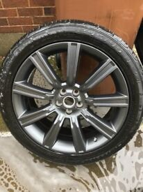 """20"""" Black alloys and continental tyres 6mm VGC genuine Range Rover evoque Land Rover discovery sport"""