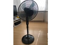 Challenge Pedestal Fan with a Remote Control