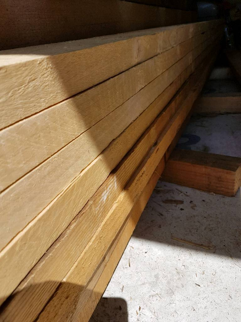 Reclaimed timber 4x2. 10 lengths at 3000mm long