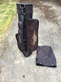 Full set of golf clubs, 3 drivers, 9 irons (3-P), driving iron and putter, with bag