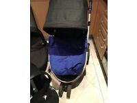 Mamas and papas zoom travel system and iso fix base