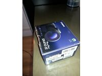 Canon Powershot SX410 IS ( 20.5 MP,40 x Optical Zoom,3 -inch LCD )