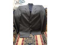Men's suit 38in