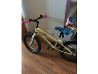 Girls bike great condition would fit girl age 5/9