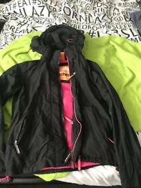 Superdry Black/pink