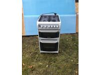 LPG gas cooker with lid