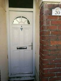 3 bedroom house at town centre to let
