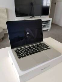 Apple MacBook Pro Retina 2015 - 16GB RAM - 512 SSD - i7 - 3.1 ghz