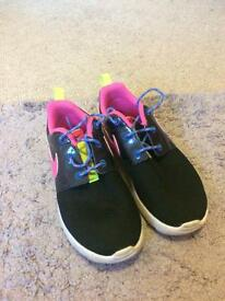 Size 1 girls Nike trainers