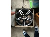 Bmw one series alloy wheel