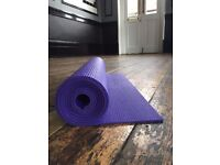 Yogamatters Sticky Yoga Mat in purple
