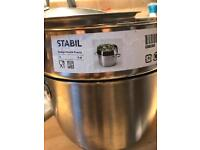 5L Ikea cooking pot with a vegetable steamer insert