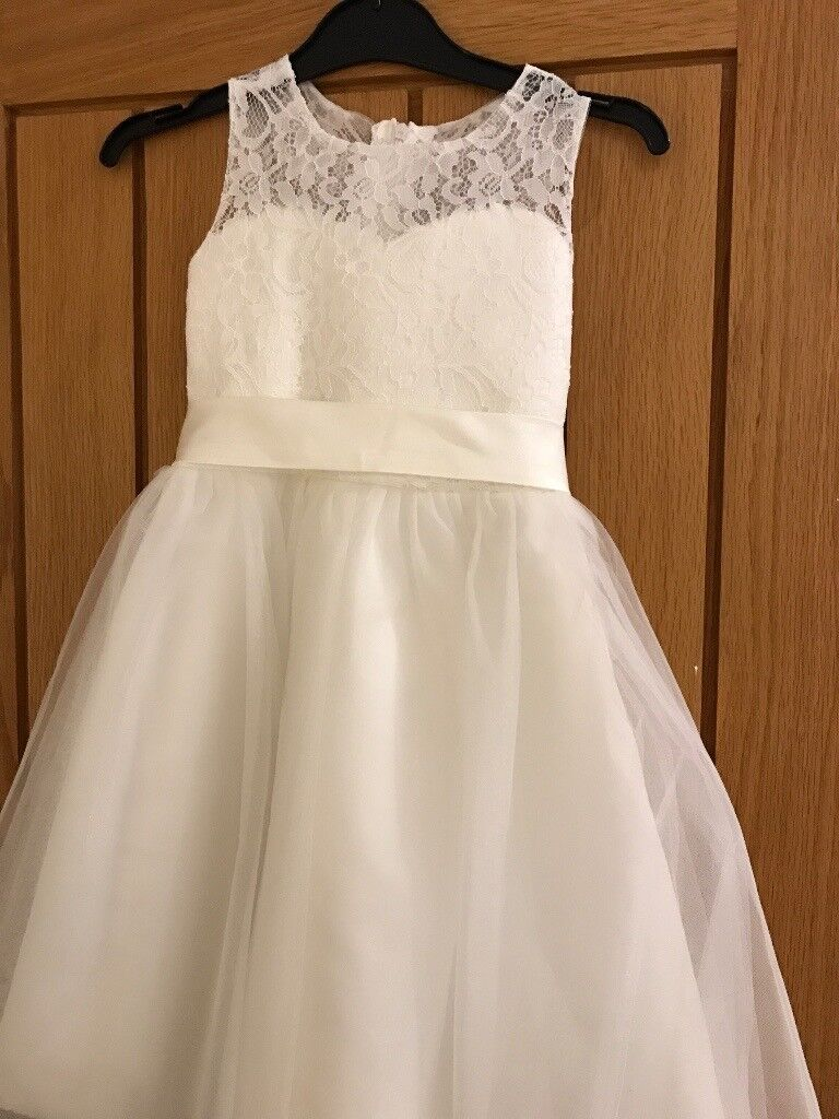 Brand new Girls lace occasion dress age 5