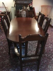 Extendable Locke solid oak dining table with 6 chairs