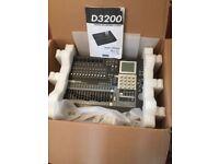 Korg D32 track recorder