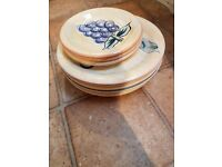 Old plates need a new home!