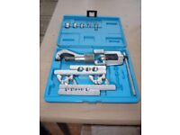 REFRIGERATION PIPE FLARING AND SWAGGING KIT