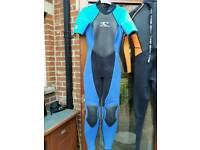 Women's wet suit size 8-10 (O'Neil)