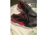 Grey and red Nike huraches size 6